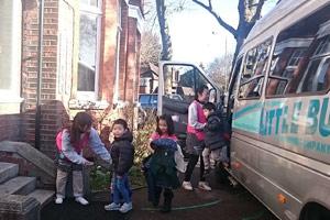 全日幼稚園 1日の流れ 登園